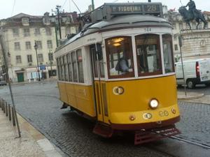 2011102_tram1_2