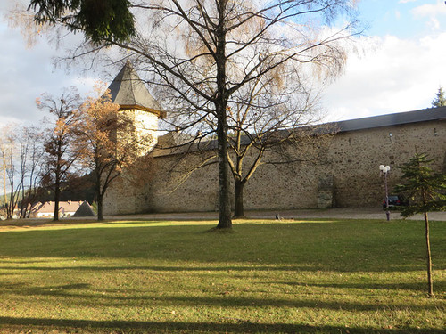 Monastery_sucevita1