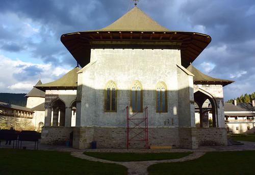 Monastery_sucevita13
