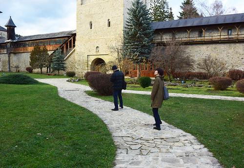 Monastery_sucevita9